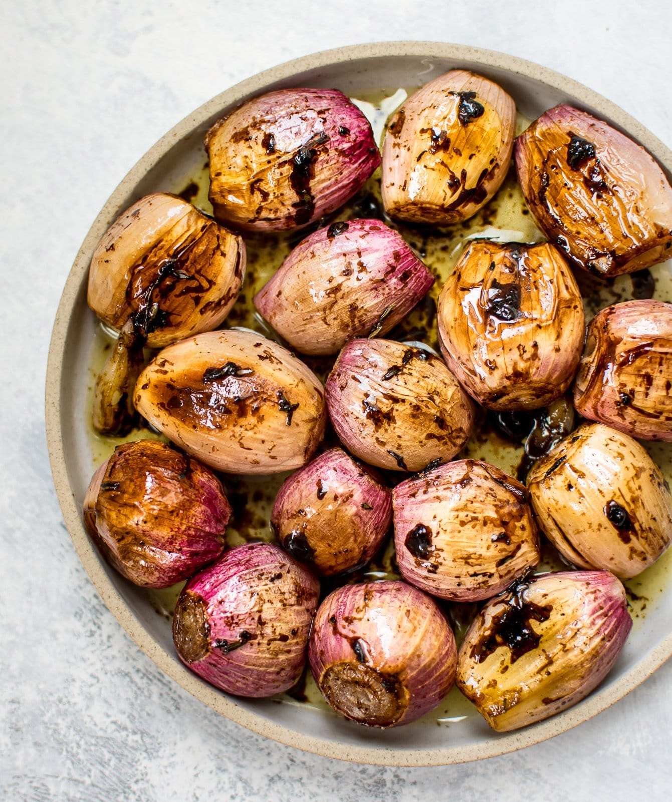 whole-roasted-shallots